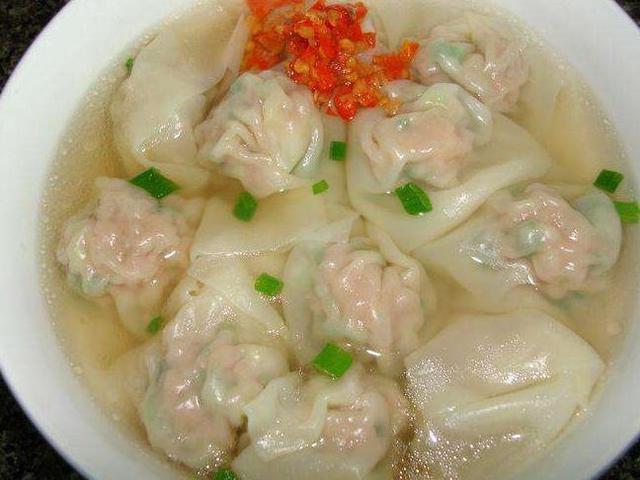 《潮汕味道》: 鲜味十足的潮汕云吞粿, 爽滑劲道的潮汕特色小吃
