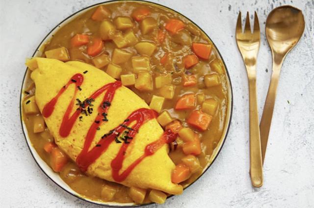 好吃到舔盘!咖喱蛋包饭,咖喱风味超浓郁绵密