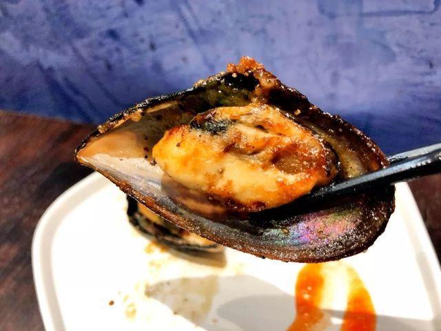 """这家被誉为海鲜自助届""""爱马仕""""的放题餐厅,过百款海鲜任性吃"""