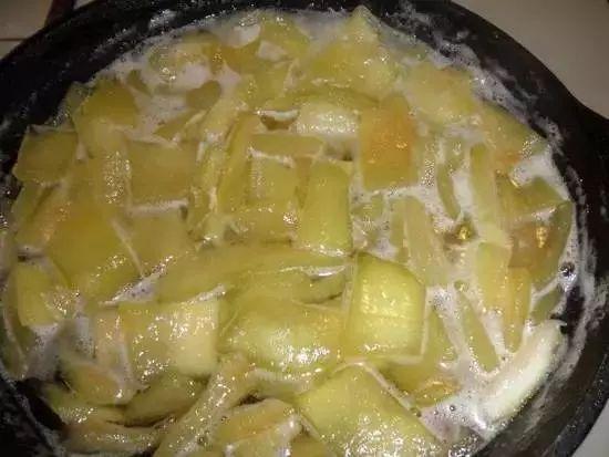 解锁新疆西瓜吃法,看看你是几级吃瓜群众