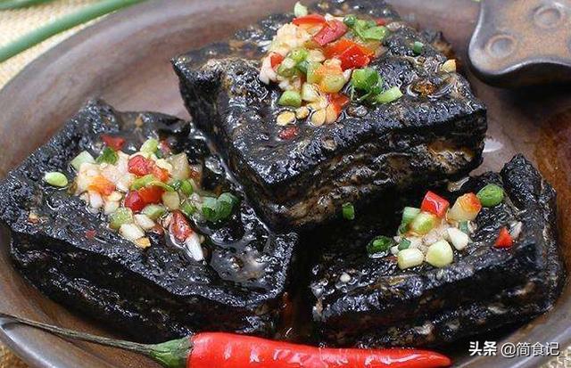 """长沙臭豆腐怎样做?湘菜大厨告诉你配方和7个技巧,满满""""干货"""""""