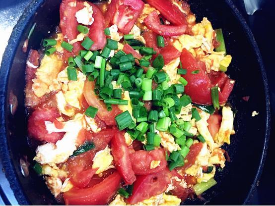 番茄炒鸡蛋这么做,简单又美味!厨师长拍手赞叹的制作秘籍