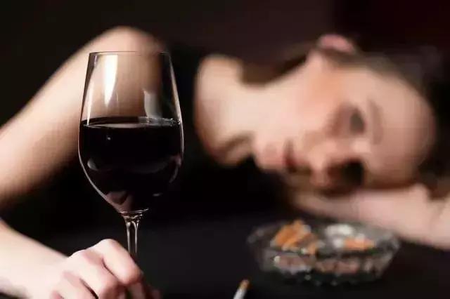 红酒这样喝,让你瘦到尖叫