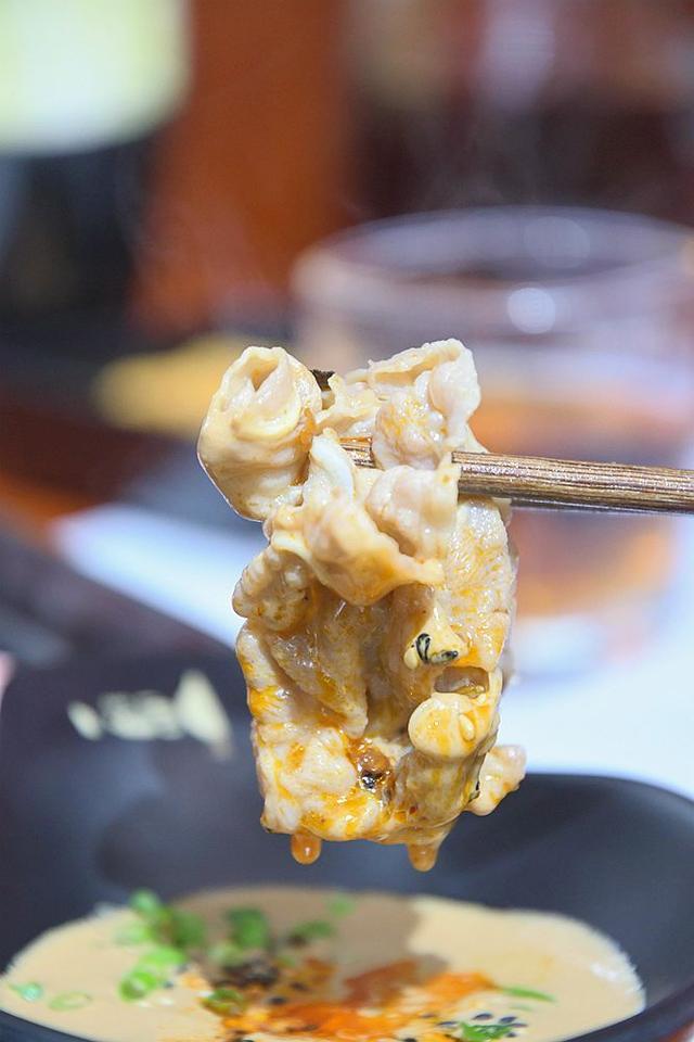 """李村新开了家""""①人食""""火锅,在抖音上超火!最好1个人来吃!"""