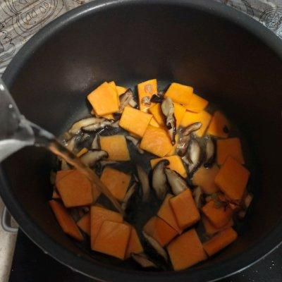 奶白菜蘑菇南瓜汤  #花10分钟,做一道菜!#