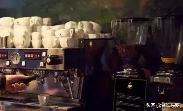没有咖啡师,没有收银员,这间日本无人咖啡馆火遍全球