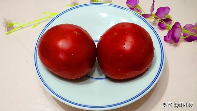 夏天西红柿别炒鸡蛋了,学会新吃法,爽口开胃又解馋,上桌一扫光